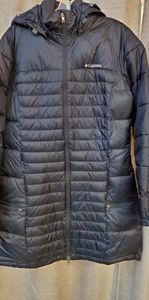 Like new women's Columbia coat